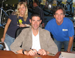 Lisa Thompson, George Hincapie, Dan Goese